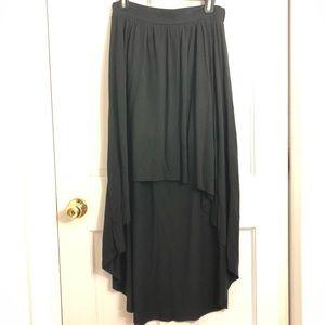 Black high-low skirt